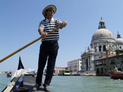 Gondelier Venetië